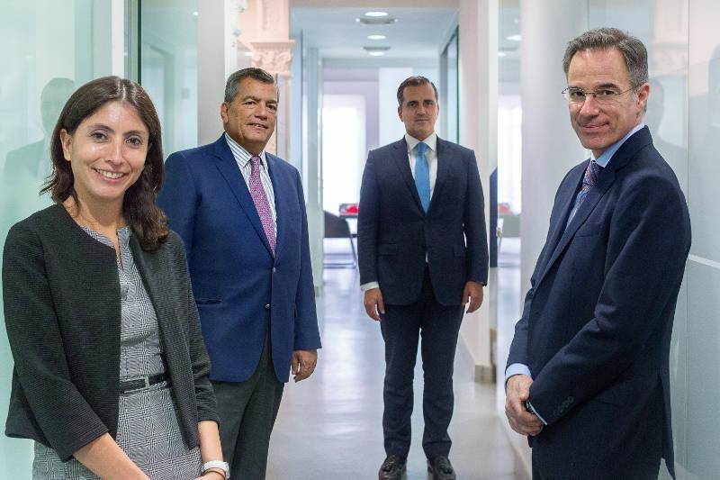 Contacta con Vázquez Padura Abogados